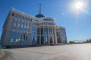 카자흐 의회 비상사태 시 대통령의 권한을 확장하는 법 통과